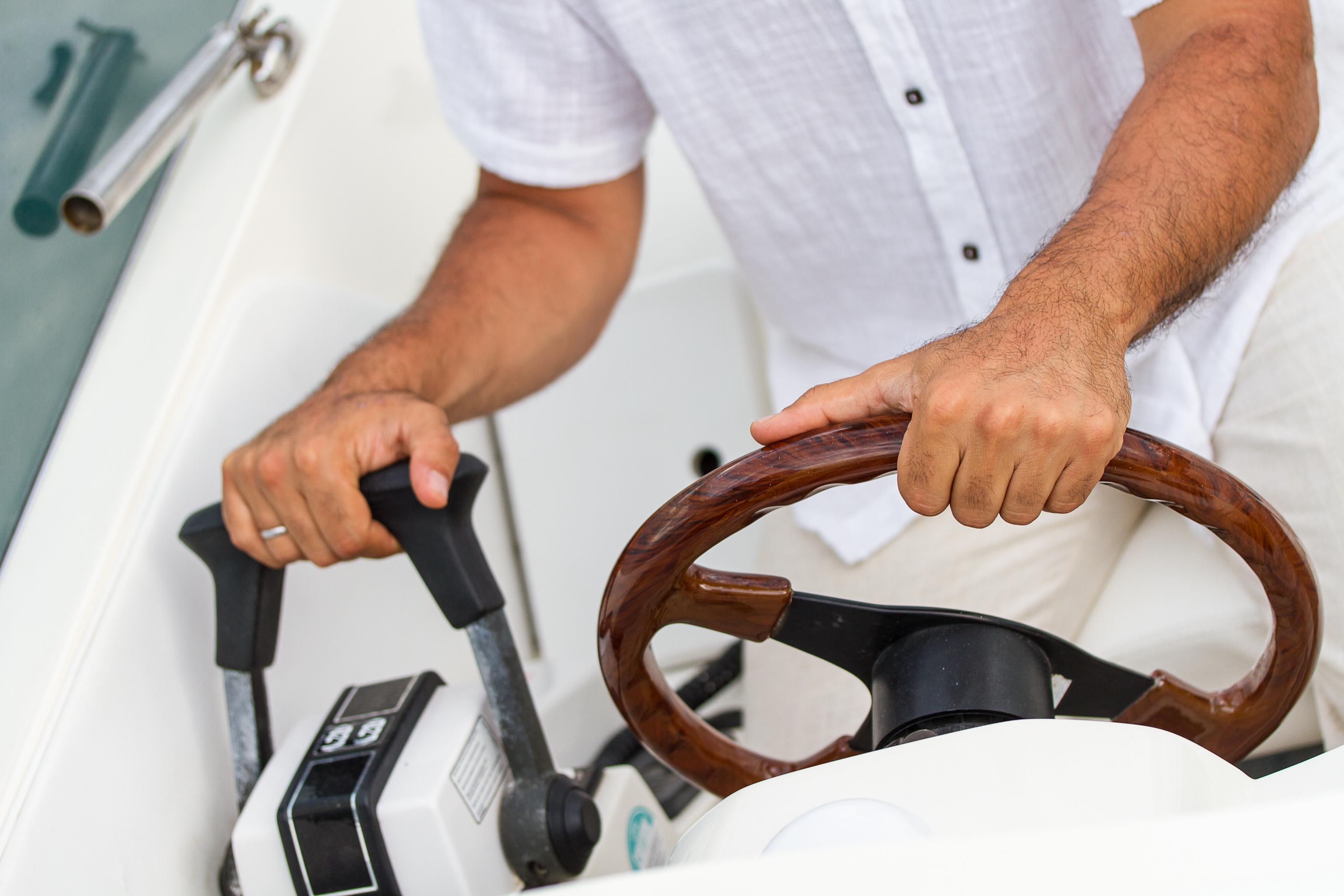 Propriétaire de Bateau profitez des services d'un Marin Privé